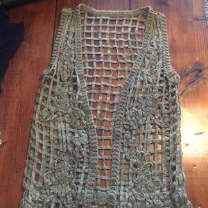 Tops - Army green cut out vest
